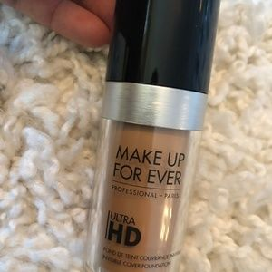 MakeUp Forever Ultra HD Foundation in R330